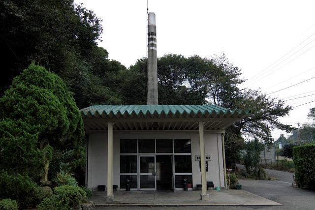 旧恵那 恵那市火葬場 ガックリしながら恵那市火葬場に着くと、幸いな事に職員さんが居られました。